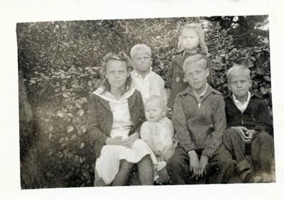Earl Lewis Finney photos