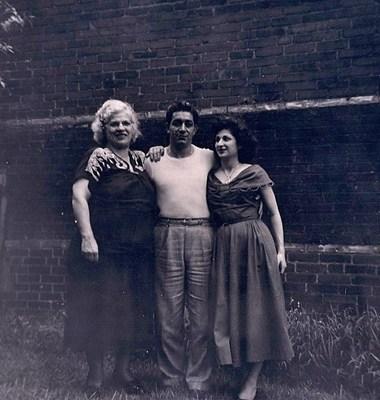 Gertie Stravarace photos